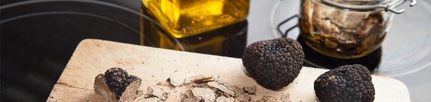 Spécialités à la truffe, huile d'olive  - Truffes Richerenches | J'MC Truffes